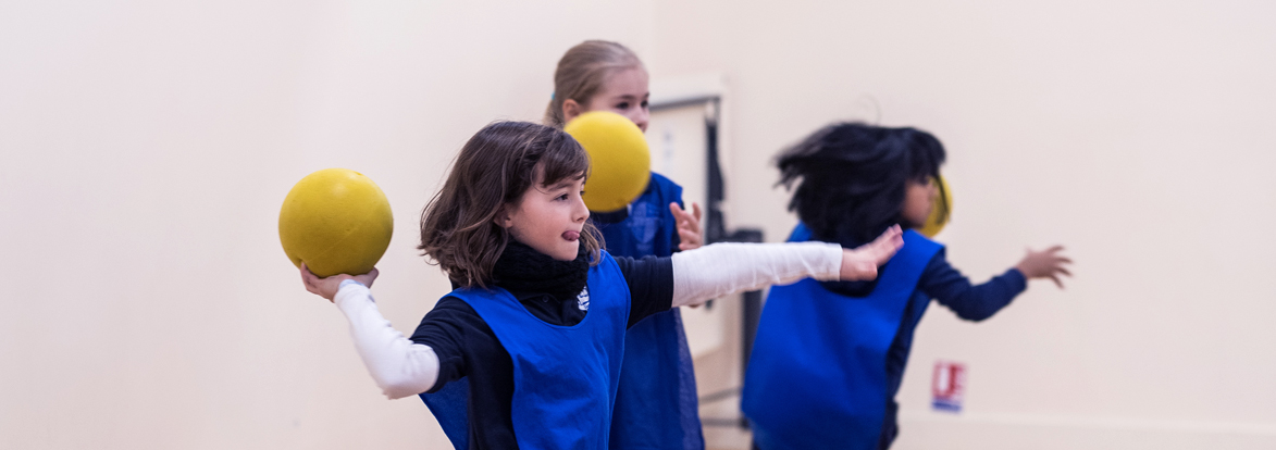 Students during a sport class of the bilingual international school of Paris
